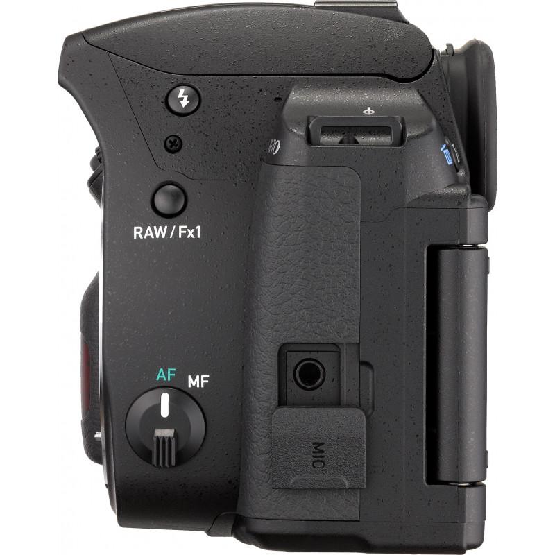 Pentax K-70 + DA 18-55mm WR Kit, must