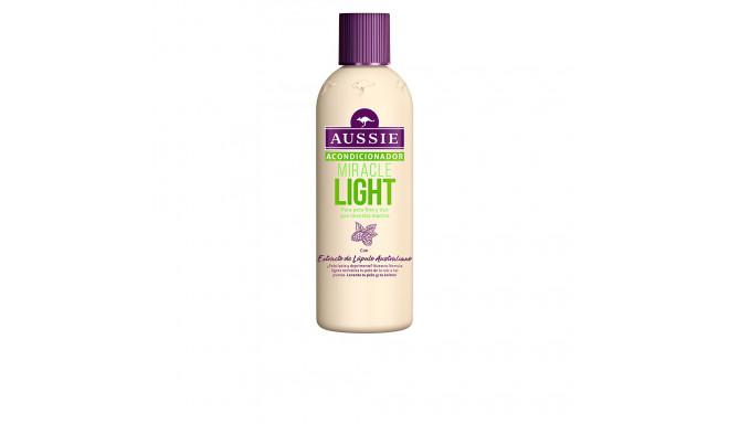 Aussie MIRACLE LIGHT pelo liso fino acondicionador 250 ml