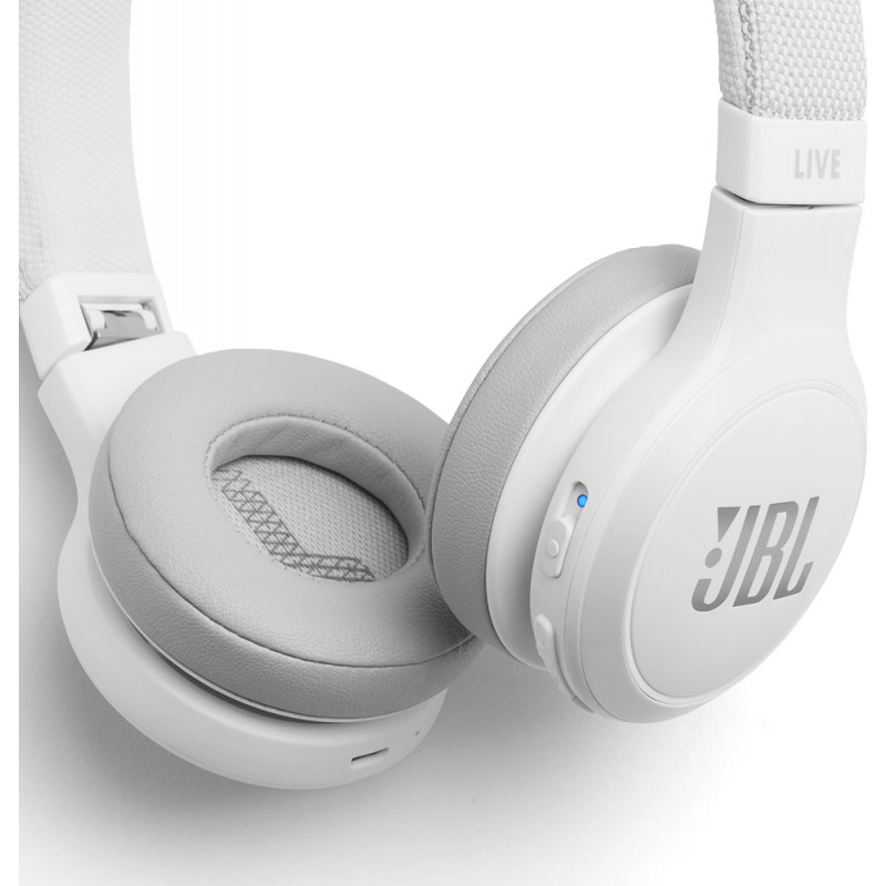 JBL juhtmevabad kõrvaklapid + mikrofon Live 400BT, valge