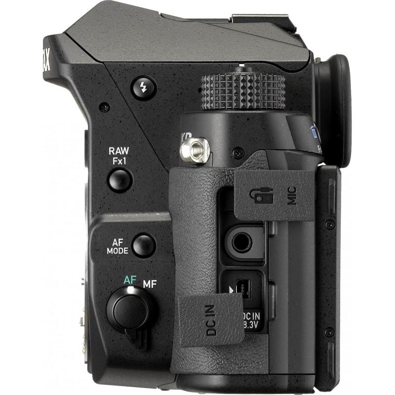 Pentax KP + 35mm f/2.4, black