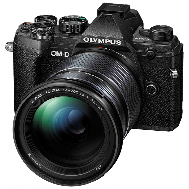 Olympus OM-D E-M5 Mark III + 12-200mm Kit, must