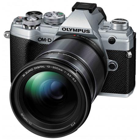 Olympus OM-D E-M5 Mark III + 12-200mm Kit, sudrabots/melns