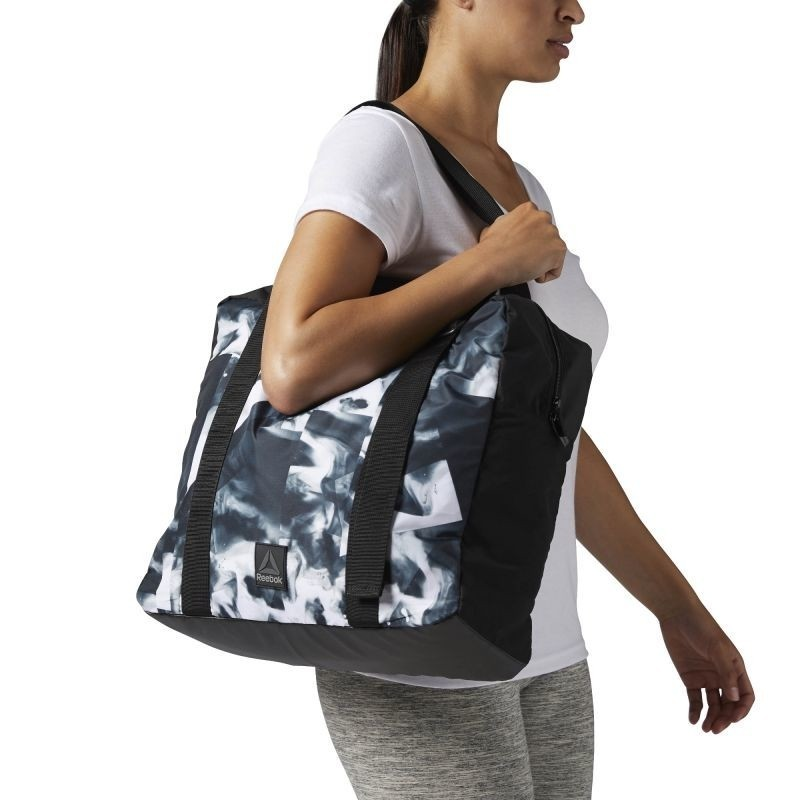 6a50deeaa0 Shoulder bag for women Reebok Found Graphic Tote W BR9542