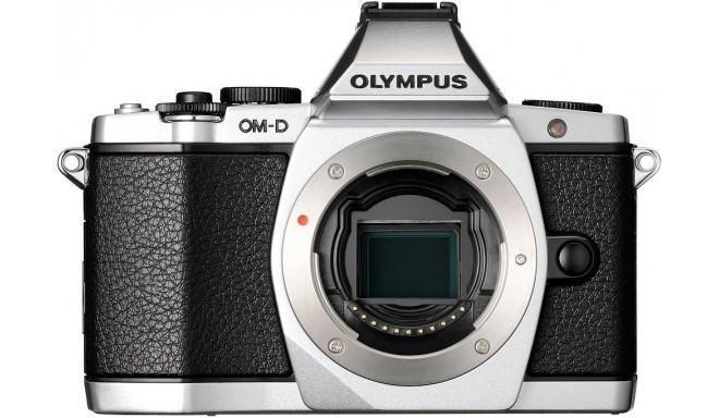 Olympus OM-D E-M5  корпус, серебристый