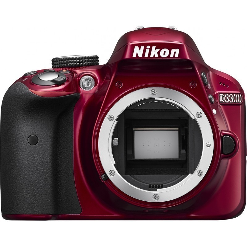 Nikon D3300  kere, punane