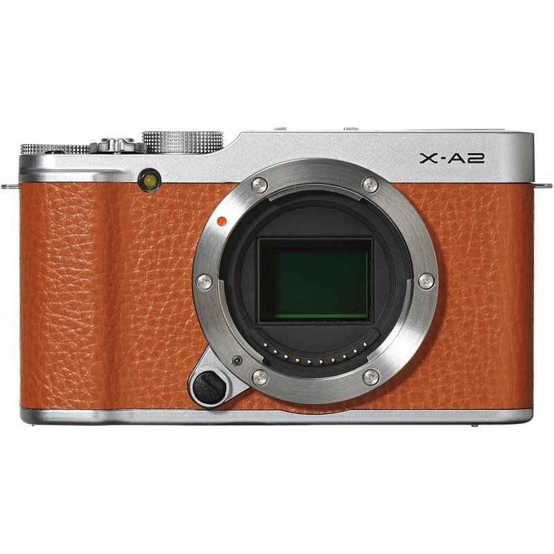 Fujifilm X-A2 + 16-50mm + 50-230mm Kit, pruun