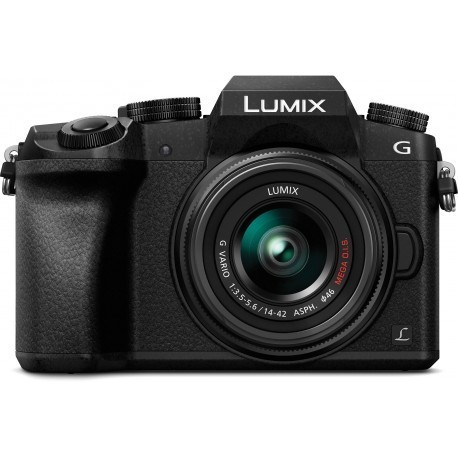 Panasonic Lumix DMC-G7 + 14-42mm Kit, must