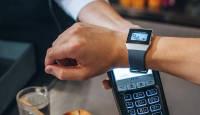 Pank sinu käel – kasuta maksmiseks Garmin või Fitbit nutikella